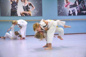 Afbeelding van judojeugd op de pagina kennismakingscursus van Frits van der Werff judo Hoorn